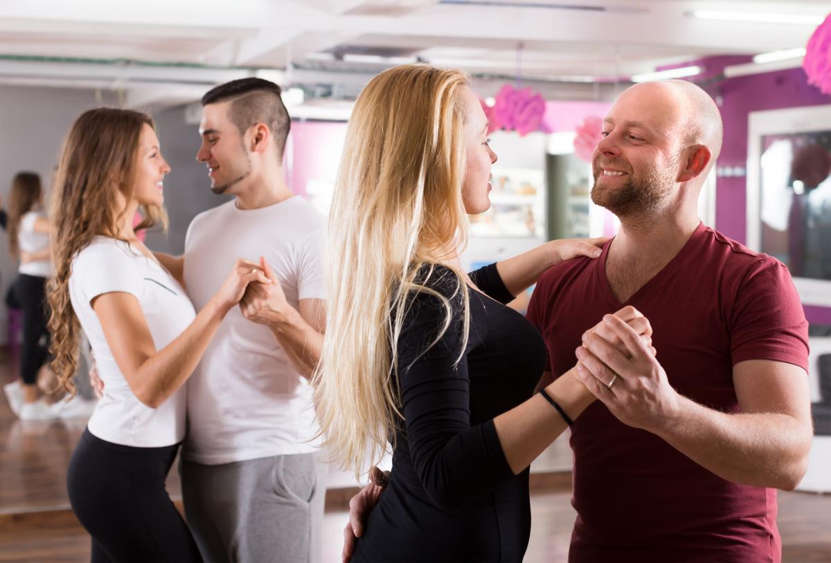 Group Ballroom Dance Classes